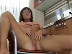 A youthful lady who is only wearing a brilliantly up T-shirt is sitting on a kitchen chair. She has brilliantly her gams up high and is finger nailing her pussy. A tiny later she takes her T-shirt off, picks up a spoon and massages her bean with it.
