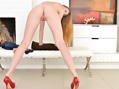 Gorgeous european light-haired Milena Devi leisurely rubs her figure as she peels off bare demonstrating off her lengthy legs. She plays with her diminutive puffy knockers as she caresses her adorably shaved cooch to reach orgasmic pleasure.